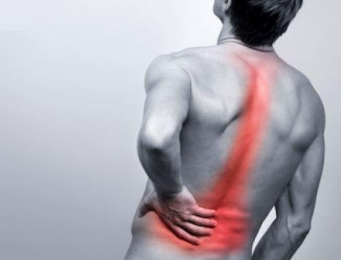 Đau nhói sau lưng là biểu hiện của bệnh gì?