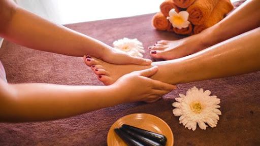 Lợi ích và tác dụng khi bấm huyệt bàn chân như thế nào ?
