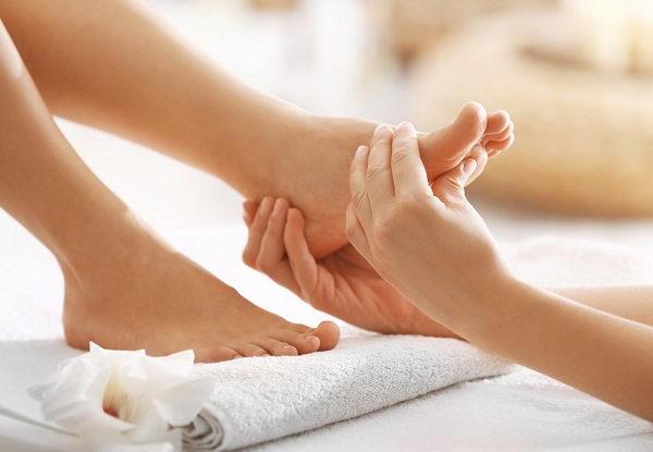 9 động tác massage chân hiệu quả