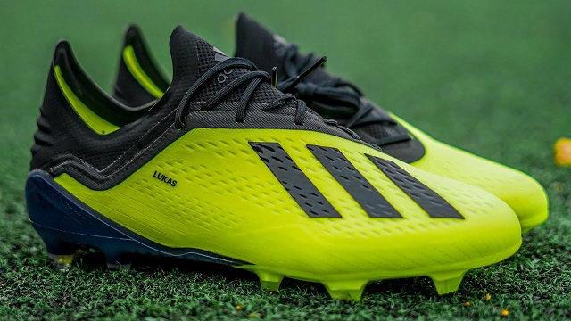 Tốp 5 đôi giày đá banh cho cầu thủ tốc độ